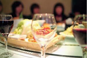 白癜风患者在吃的方面需要注意哪些,合肥哪家治疗白癜风